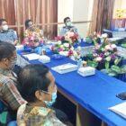 Rektor UIN Prof Hamdan Juhannis, Ph. D, MA dan rombongan kunjungan Fakultas Dakwah dan Komunikasi Untuk melihat dari dekat kesiapan Jurusan Kessos mengikuti visitasi borang